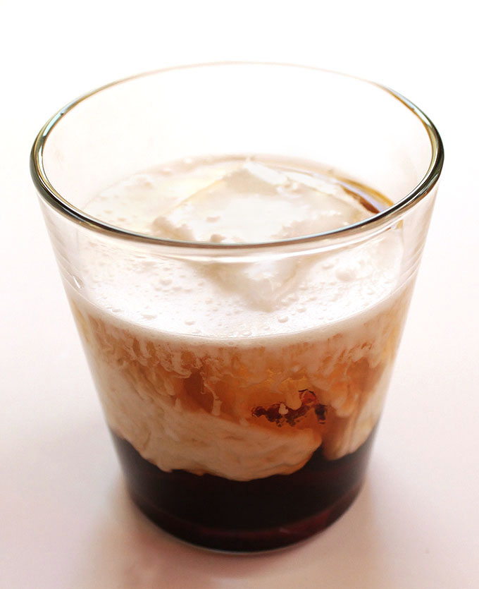 Coconut White Russian - A twist on the classic cocktail. Made with rich coconut milk. Delicious, creamy, and so EASY to make! Vegan and Dairy Free! | Robustrecipes.com