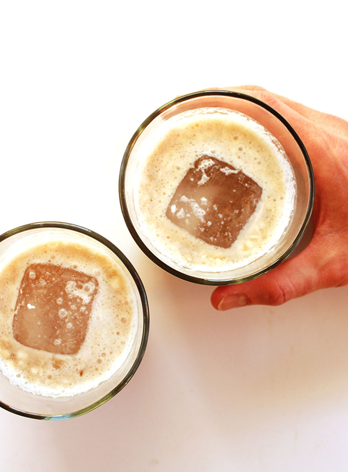 Coconut White Russian - Rich, creamy, and EASY to make! The perfect evening time drink. Vegan/Dairy Free! |robustrecipes.com