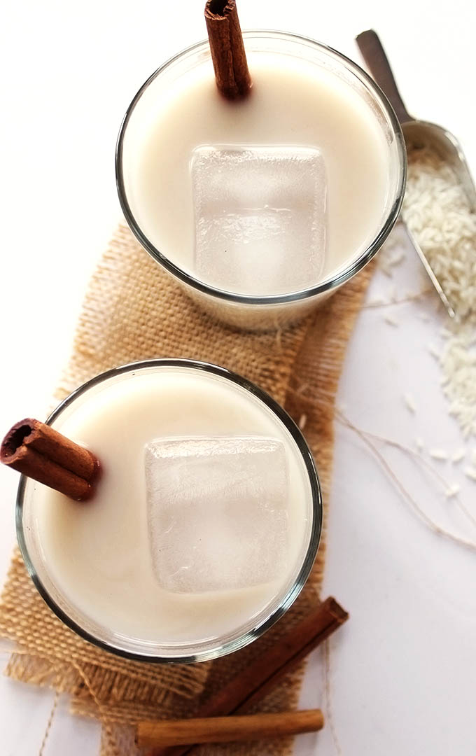 Naturally Sweetened Horchata - Rich creamy rice cinnamon drink. EASY to make. Refreshing, Naturally sweetnened with agave nectar. Vegan/Dairy Free/Gluten Free. | robustrecipes.com