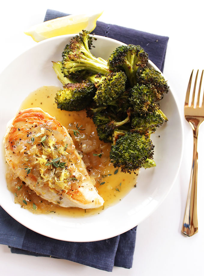 One Pan Lemon Chicken - An easy recipe that requires one pan and 25 minutes. Tender chicken with a sweet and tangy lemon sauce. SO GOOD! Gluten Free. | robustrecipes.com