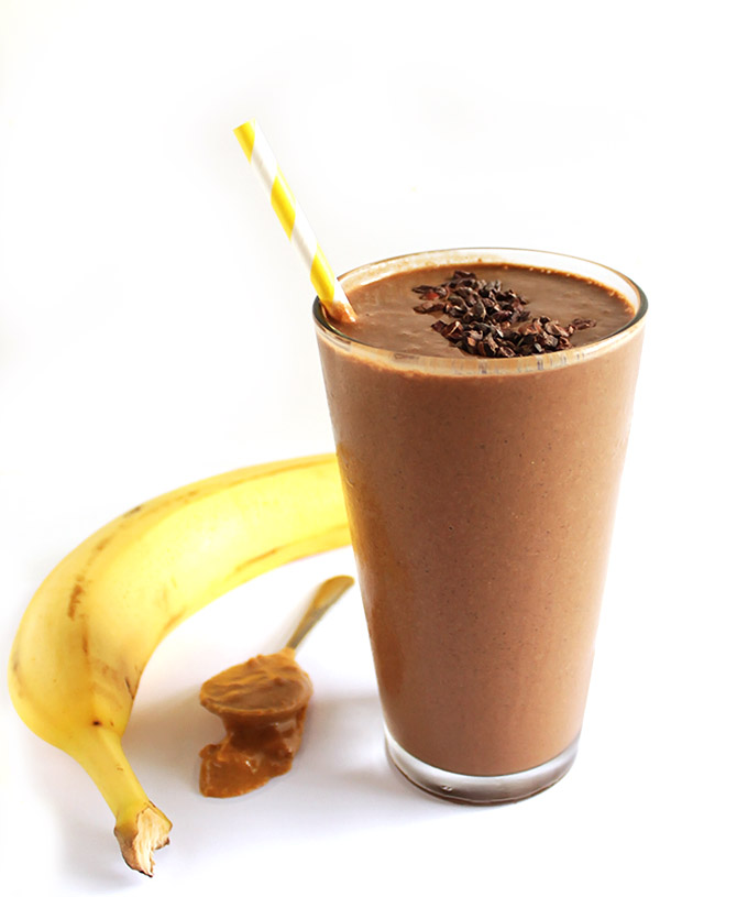 Chocolate Peanut Butter Banana Smoothie - A smoothie that tastes like a milk shake. It's rich, sweet, and easy to make, only 6 ingredients. We love this recipe post workout! Vegan/gluten free.