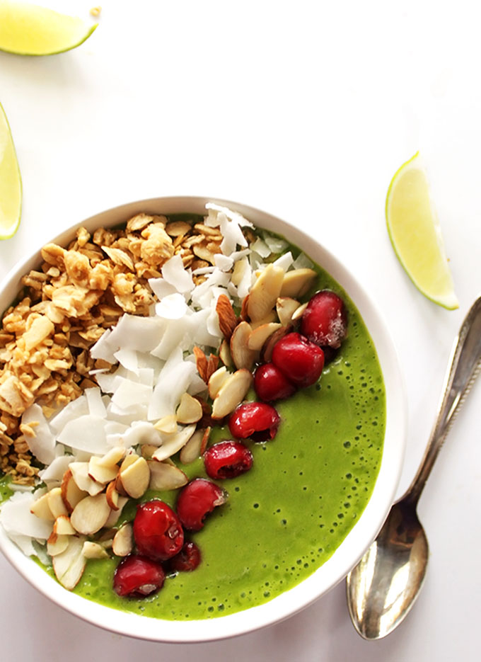 Green Lime Smoothie Bowl - Refreshing, creamy, slightly sweet, and tangy. Loaded with spinach and topped with anything you want! This recipe is great for breakfast or a snack. Vegan / gluten free/ refined sugar free
