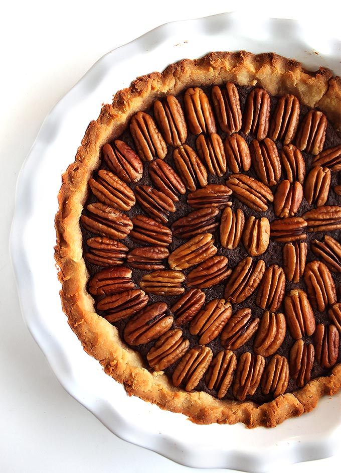 Gluten Free chocolate Pecan Pie - Perfect Holiday pie, decadent and EASY to make! This recipe is made without corn syrup!   robustrecipes.com