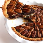 Gluten Free Chocolate Pecan Pie - This pie is super EASY to make! It has a decadent filling with a doughy crust and toasted pecans! This recipe is made without corn syrup. The perfect pie for Holidays! - robustecipes.com