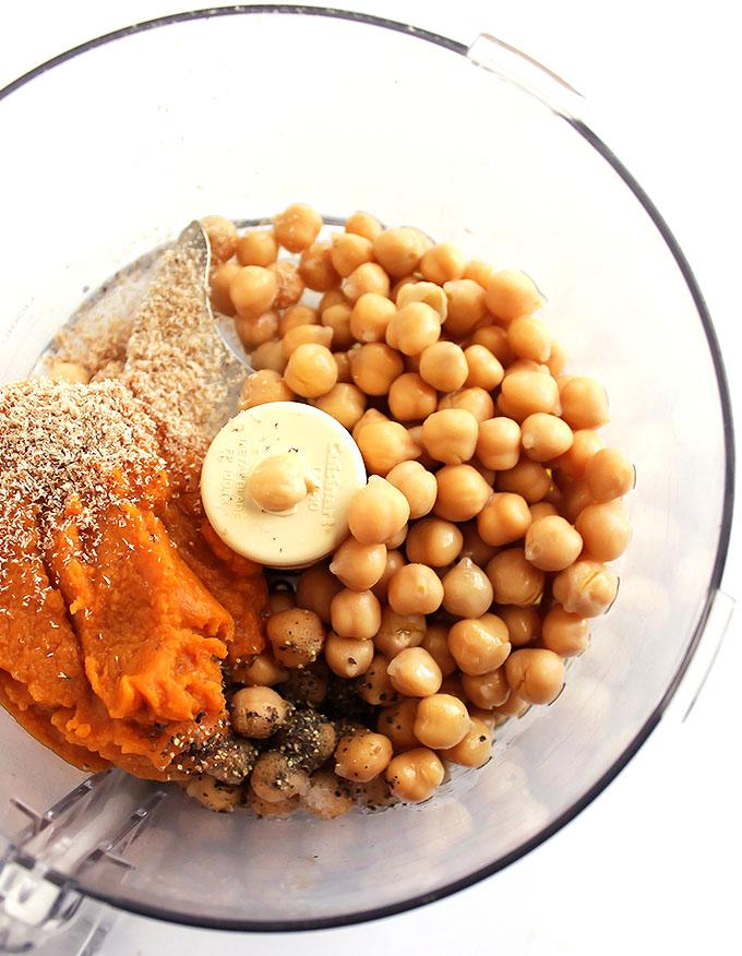 Pumpkin Sage Hummus | robustrecipes.com