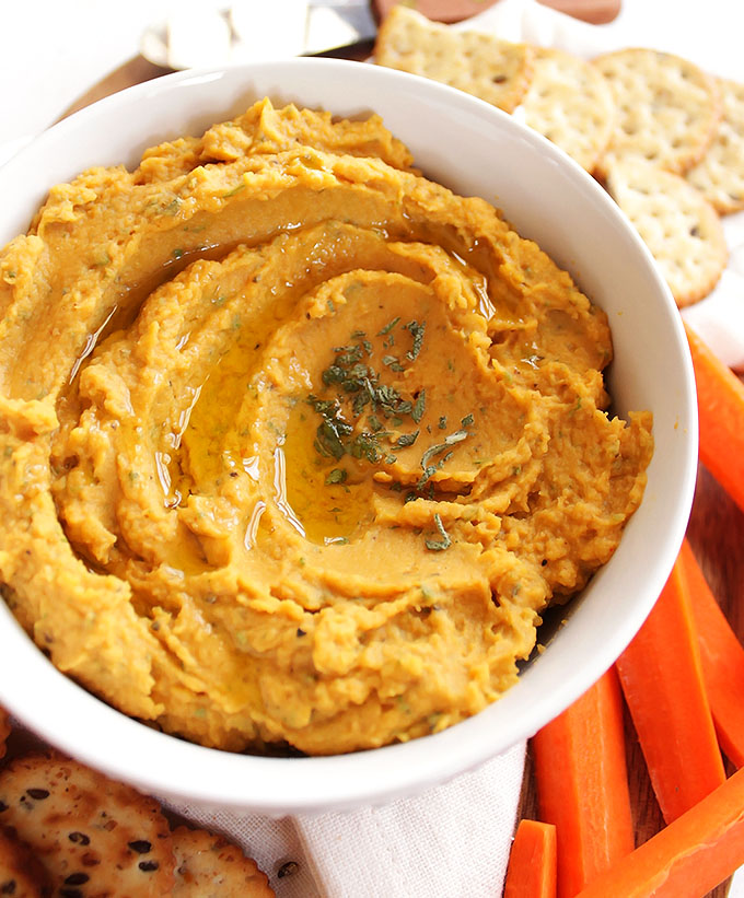 Pumpkin Sage Hummus - The perfect balance of savory and sweet. A healthy appetizer for any winter or fall party. So YUM! This recipe is EASY to make! Vegan/Gluten Free/Vegetarian | robustrecipes.com