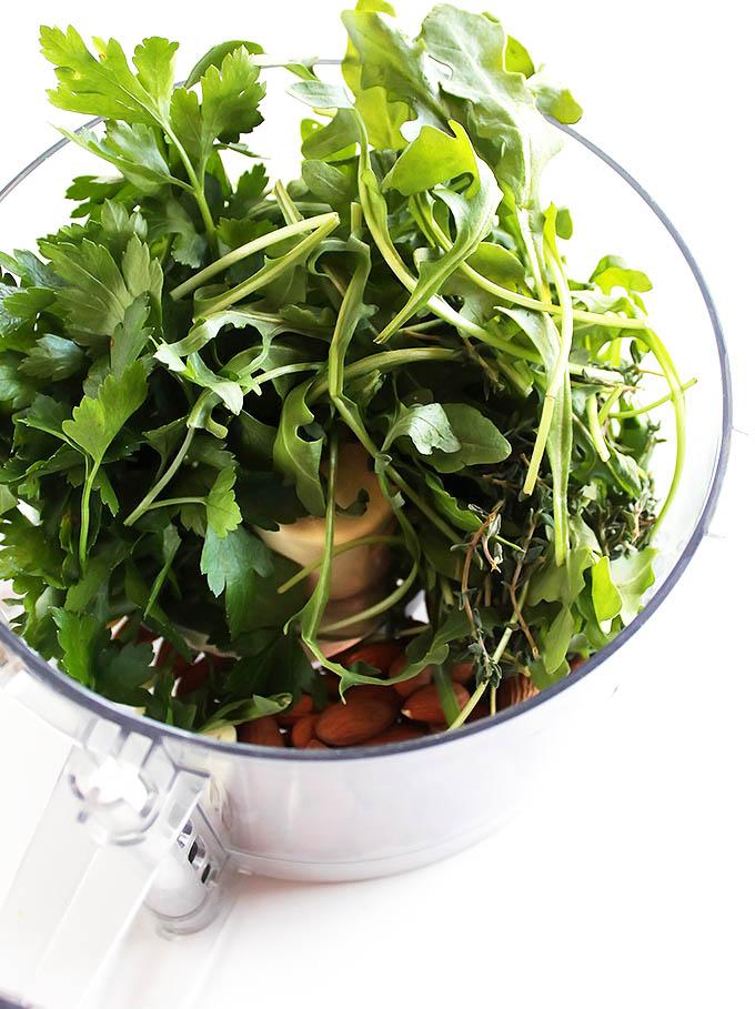 Roasted Cauliflower Soup with Arugula Pesto | robustrecipes.com