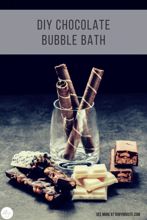 Today I'm presenting a DIY chocolate bubble bath recipe. I had a really cool vintage bubble bath recipe, made with sugar cubes, but I can't find it. Sigh.