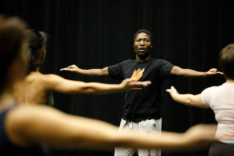 Gregory Maqoma giving a Master Class at the Velocity Dance Center in Seattle, in 2013. Photograph courtesy Velocity Dance Center.