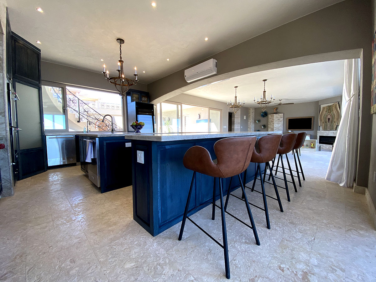 Roca Villa Kitchen
