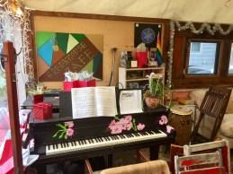 Gotta love a public piano!