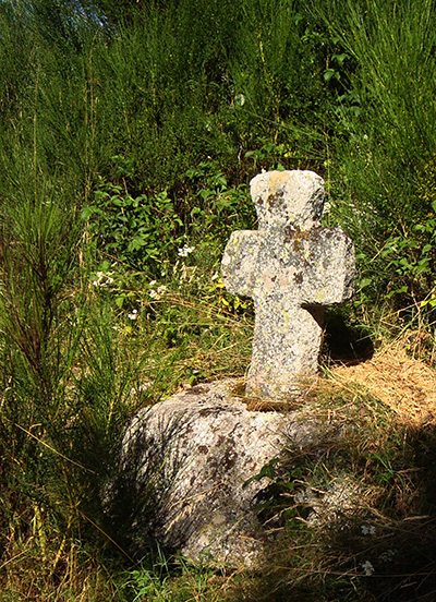 """Résultat de recherche d'images pour """"gevaudan croix"""""""