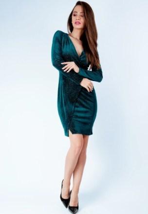 modele-rochii-de-catifea-scurte-sau-lungi-online