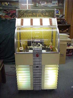 1951 AMI D40 jukebox
