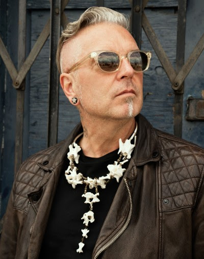 "Legendary Producer / Artist JOHN FRYER's BLACK NEEDLE NOISE Premieres New Video/Single ""La diosa y el hombre"" via Substream"