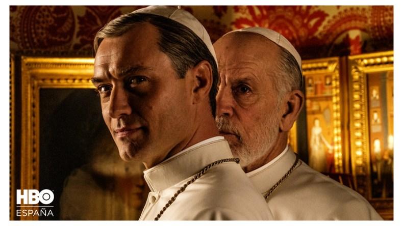 Jude Law y John Malcovich en the new pope
