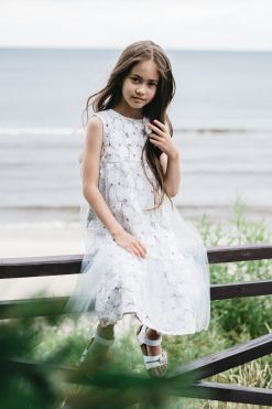 White lace dress with tulle for girl