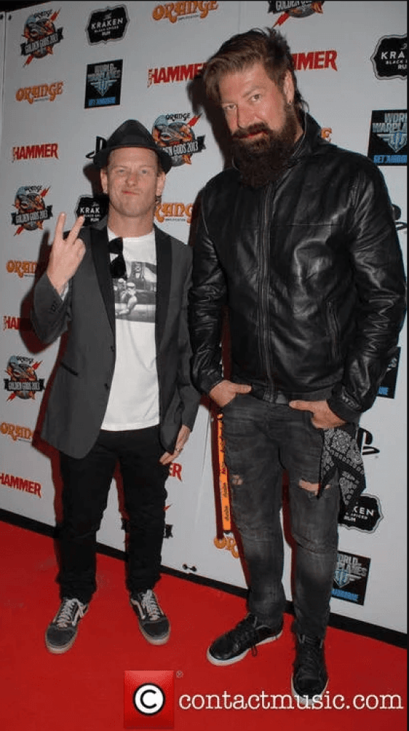 Jim Root (Slipknot, Stone Sour) is tall