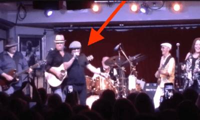Brian Johnson on Mick Fleetwood's bar