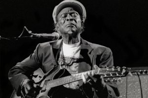 Delta Blues Pioneer Honeyboy Edwards