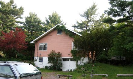 "Big Pink – Where Bob Dylan Lived. ""The Basement Tapes"" Recorded Here"