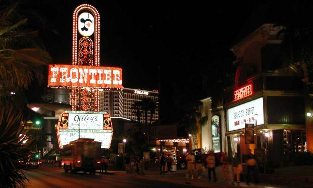 New Frontier Hotel and Casino – Elvis' First Las Vegas Show/Last Supremes Concert
