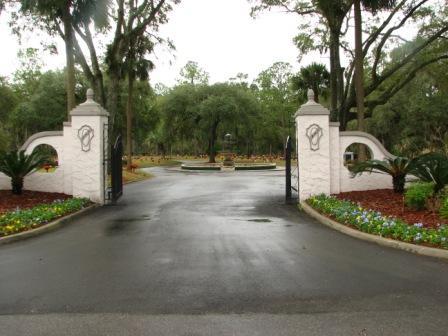 Riverside Memorial Park