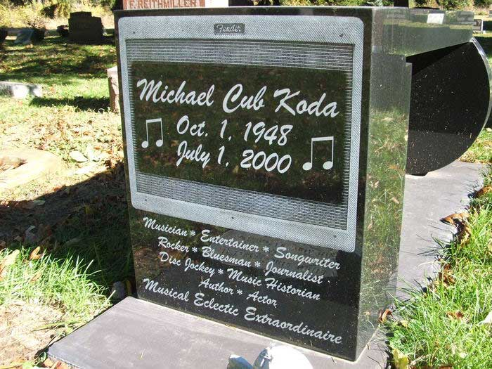 Cub Coda Grave Picture