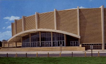 Jacksonville Coliseum – Hendrix Opens For The Monkees