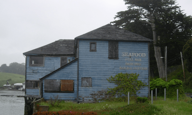 Marshall Tavern – A Classic Tavern On Highway 1 In Marin County