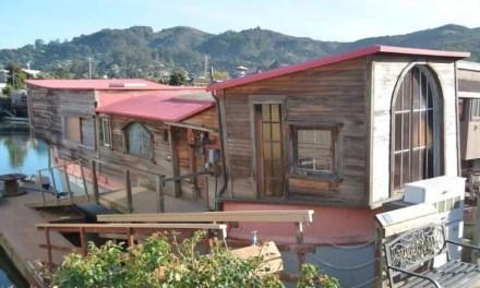 "Sausalito Houseboat Where ""Sylvia's Mother"" Was Written"