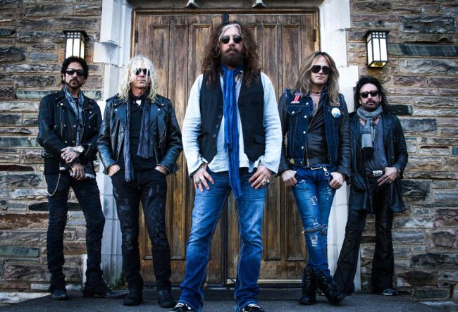 THE DEAD DAISIES y THE NEW ROSES en concierto!