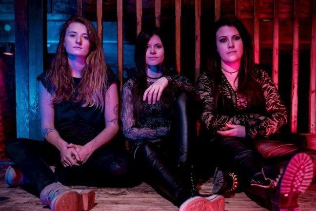 HÄXAN – El trío británico femenino editará álbum en julio