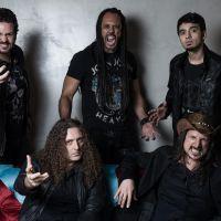 Angra presenta metal folclórico