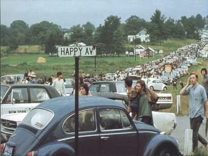 HAPPY AVE -- WOODSTOCK