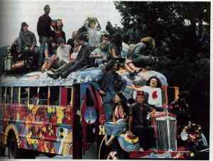 HIPPIE BUS -- WOODSTOCK