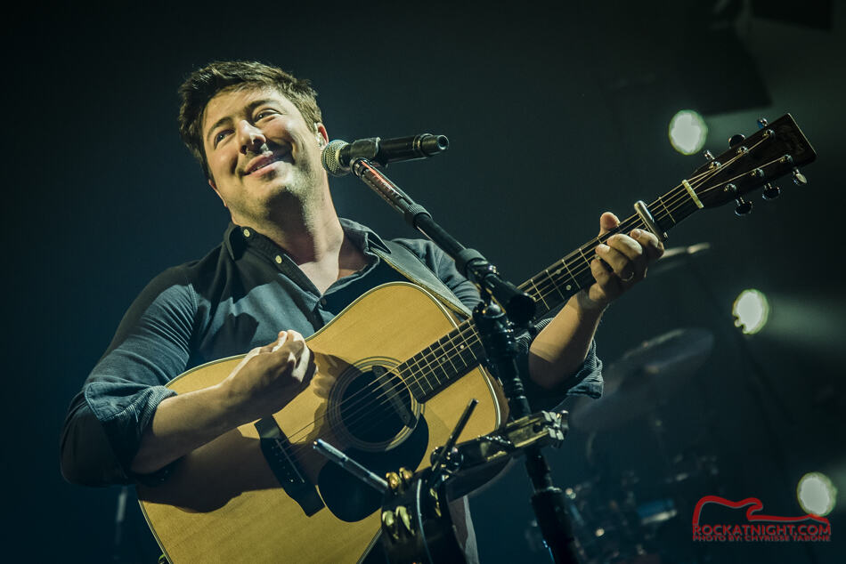 Mumford and Sons DSC_7896-1-2