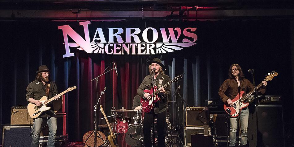 Silks Narrows1