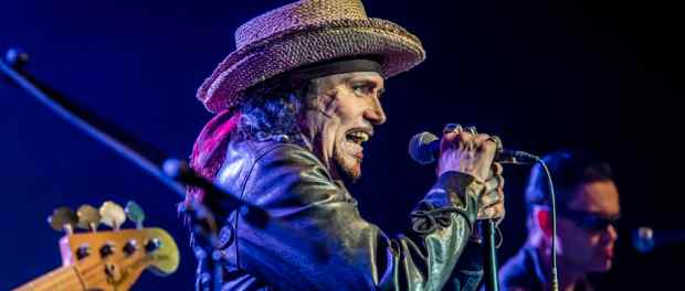 Adam Ant in Clearwater, Florida: fit, sexy, and musically in top