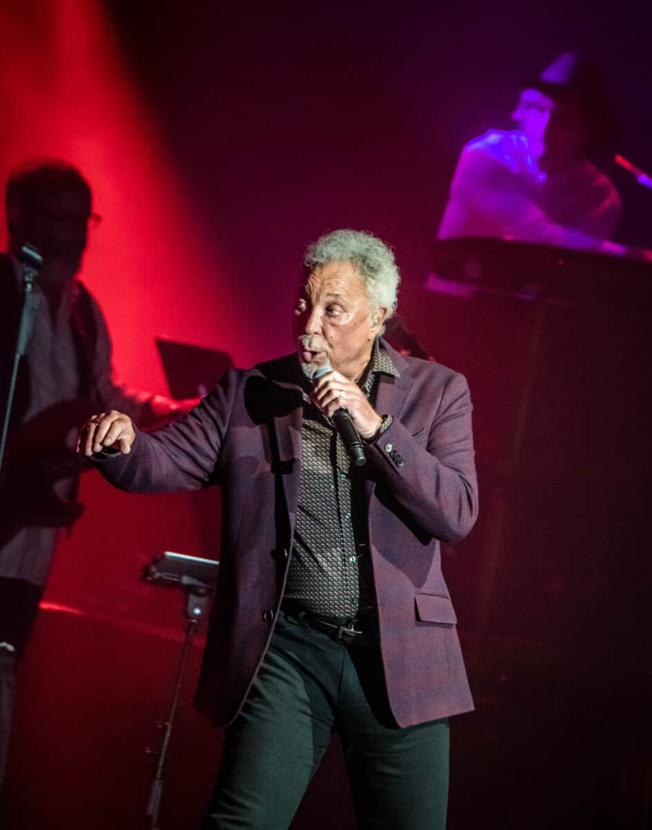 Sir Tom Jones-Chyrisse Tabone-5