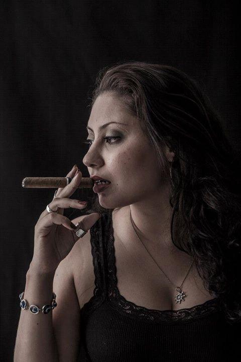 Fabiana Smoking