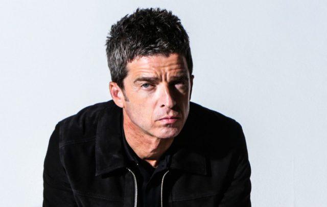 "Noel Gallagher lança nova música ""Wandering Star"""