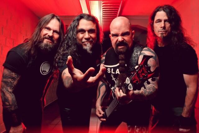 Dave Lombardo, Gary Holt e Phil Demmel tocam clássicos do Slayer 'Reign In Blood' no concerto do Metal Allegiance