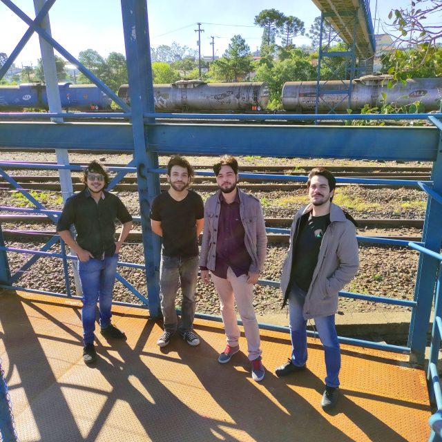 """La-ra-rá"", conheça a nova música da banda Mendigos do Sol"