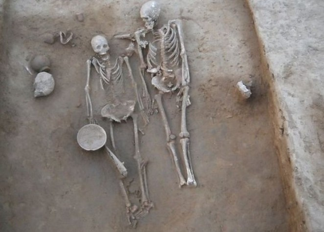 It is believed that the couple died at the same time.