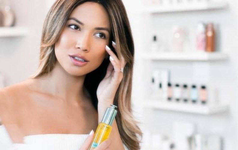 How to Apply Eye Cream