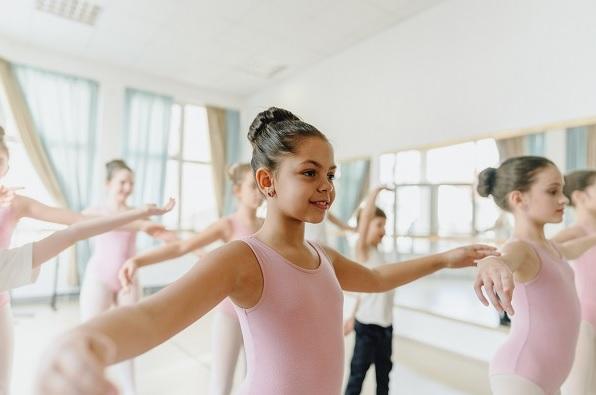Ballerina knob