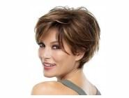 short hair styles for women Ear length
