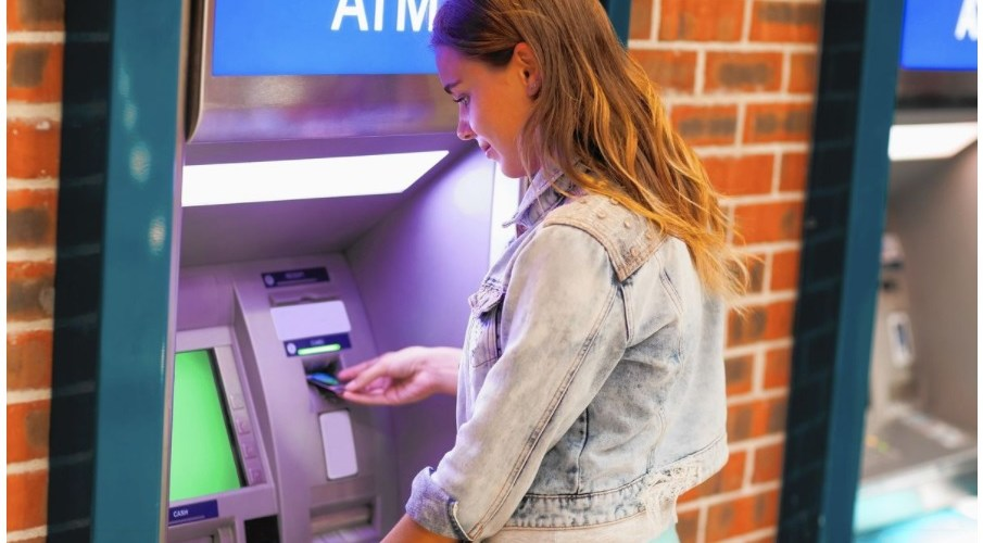 Checking Accounts For College Students (2021)