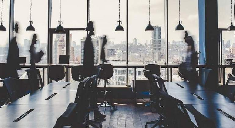 from-generation-z-to-baby-boomers:-the-back-to-office-generation-gap